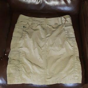 The Limited womens 4 green/khaki  cargo skirt